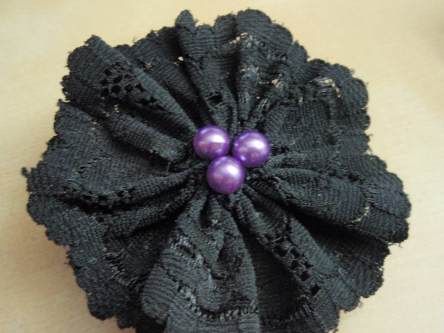 Lace flower barrette 10404252724e25d4a078a49p7191683