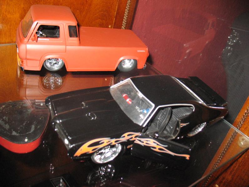Ma collection de miniature et objets collection Ford  (rsturbo67) 112533762749a919da266bbphoto032