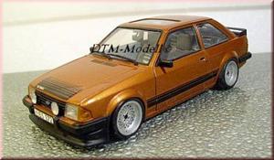 miniatures ford escort rs 1600i 1/18 éme 18653364304958a6676604f1