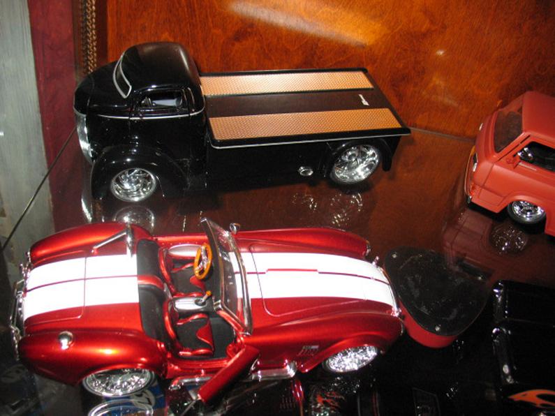 Ma collection de miniature et objets collection Ford  (rsturbo67) 195947341149a919e8ea82ephoto031