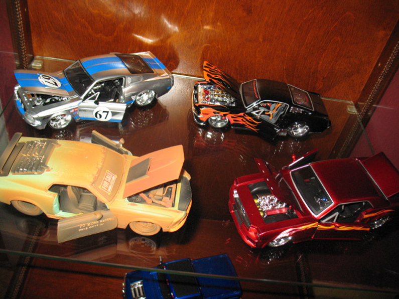 Ma collection de miniature et objets collection Ford  (rsturbo67) 88304471449a919885ff04photo039